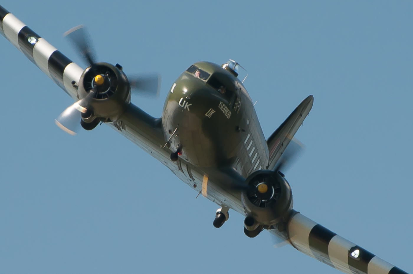 Dakota ZA947 Fly past