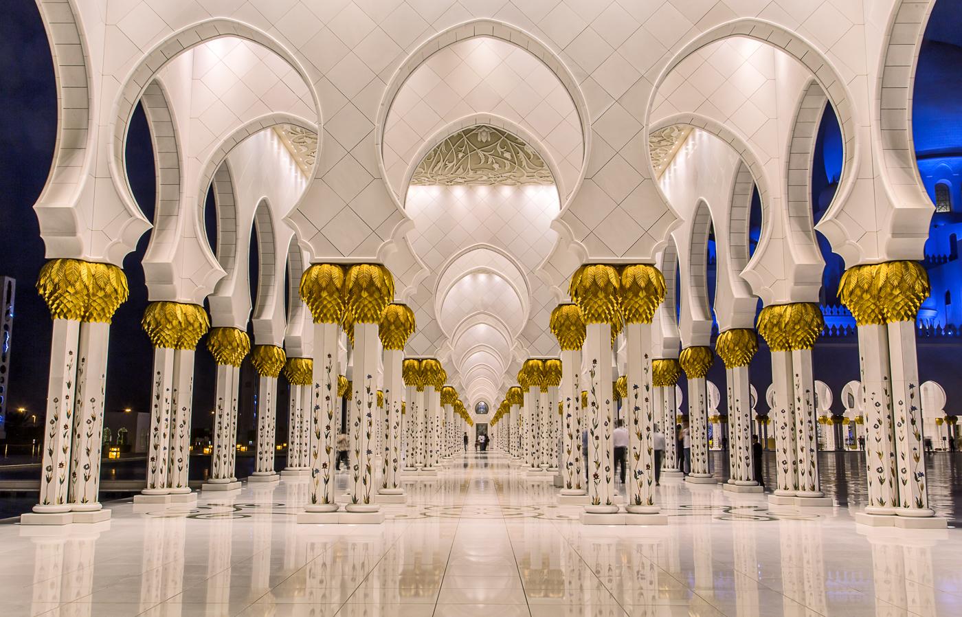 Sheikh Zyeed Mosque, Abu Dhabi.