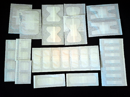 Pansements stériles de différents formats
