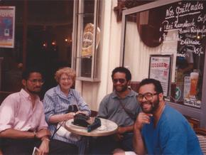 1988: Mom & The Boyz do Paris!