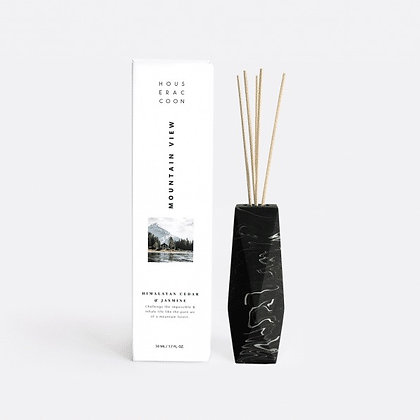 Amava Scent Diffuser 'House Raccoon' - Mountain View