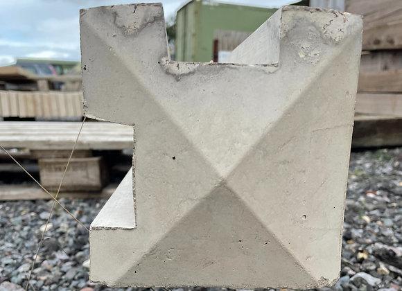 9' Corner Post