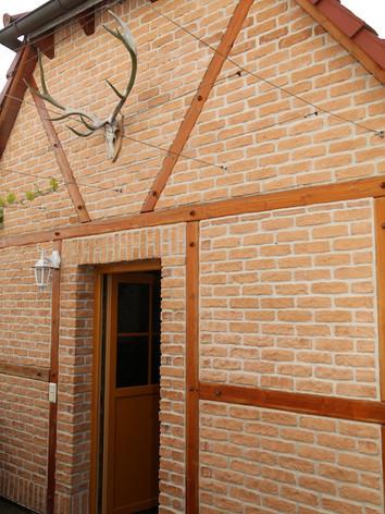 Natursteinarbeit Fassade