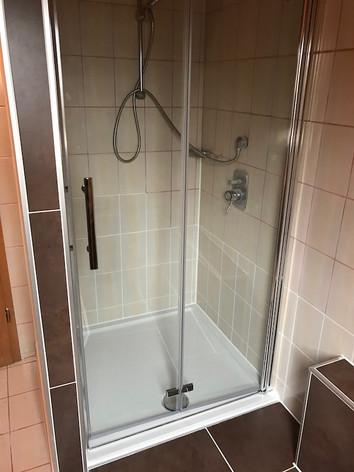 Fliesenarbeiten Badezimmer und Dusche