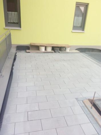 Baustelle: Pflasterarbeiten Tragelhöchstadt