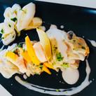 Ravioles thai et poireaux confinés