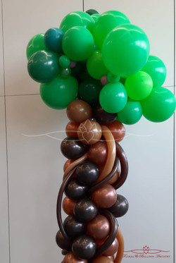 Enchanted Forest Balloon Tree