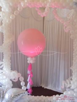 Pink Balloon & Balloon Frame