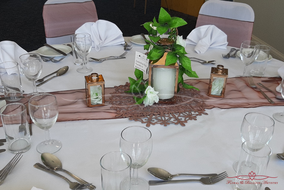 Classic white wedding table decor