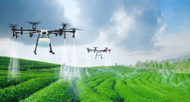 drone pulverizando