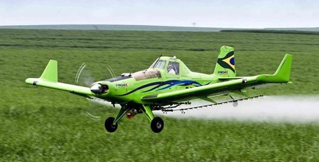 pulverização avião