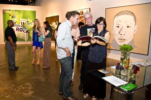 art exhibit photographer