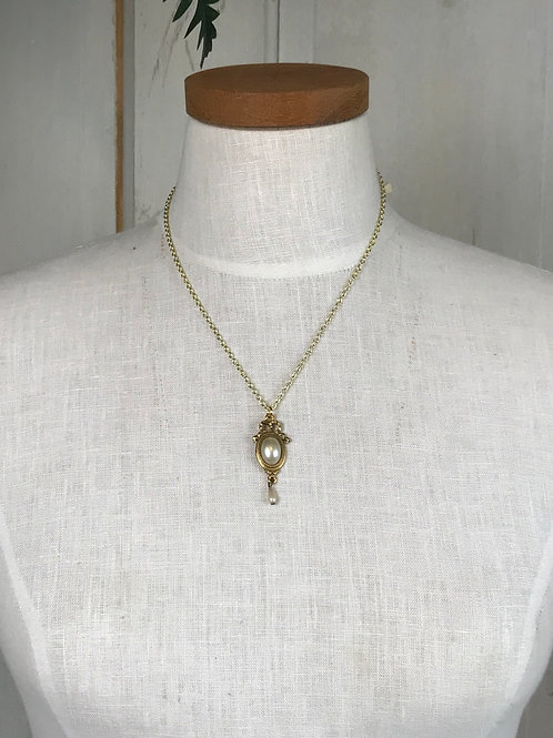 Short Gold Layering Necklace