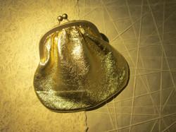 CLUTCH GOLD