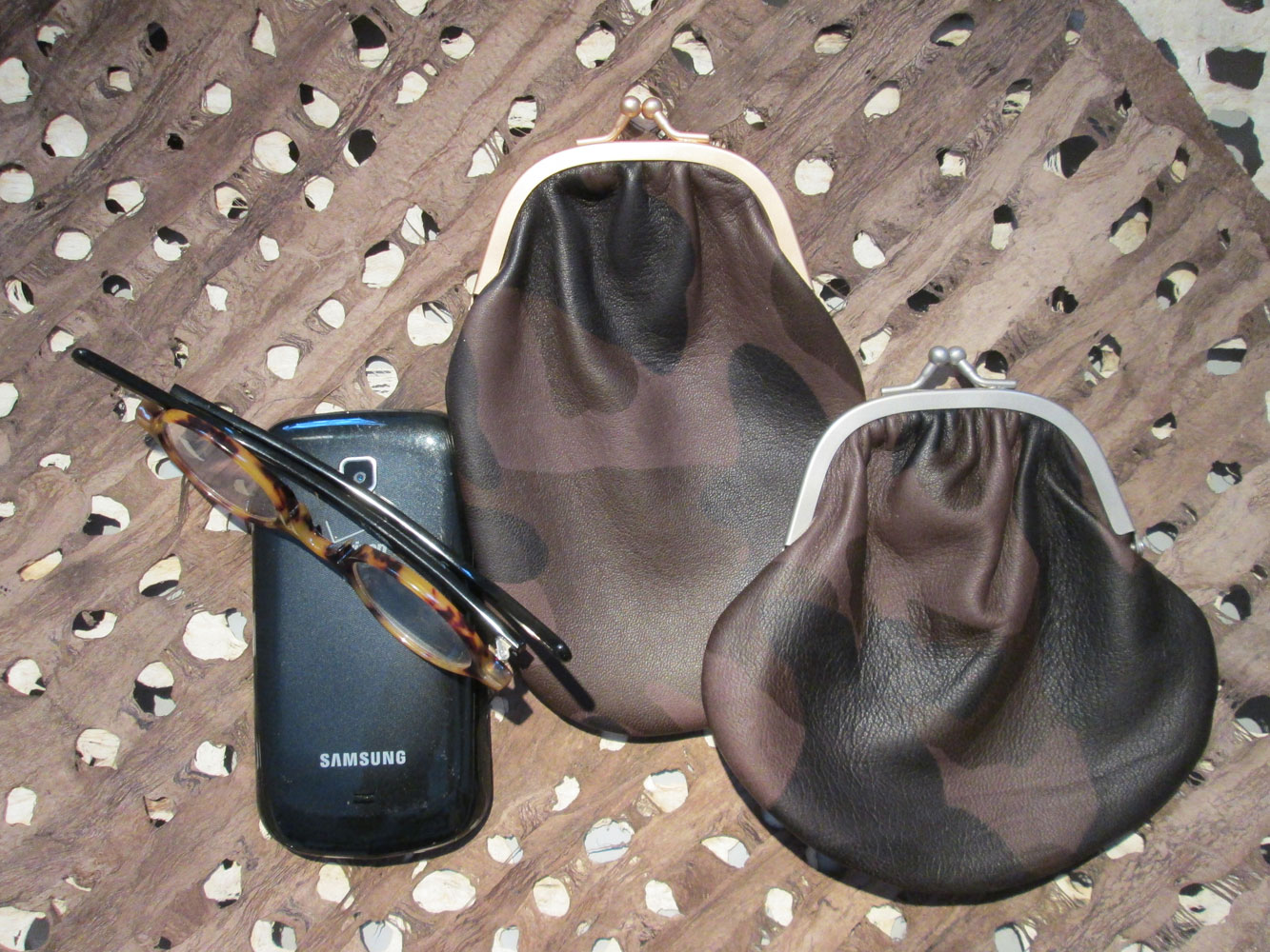 PHONE/GLASSES CASE & COIN PURSE CAMO