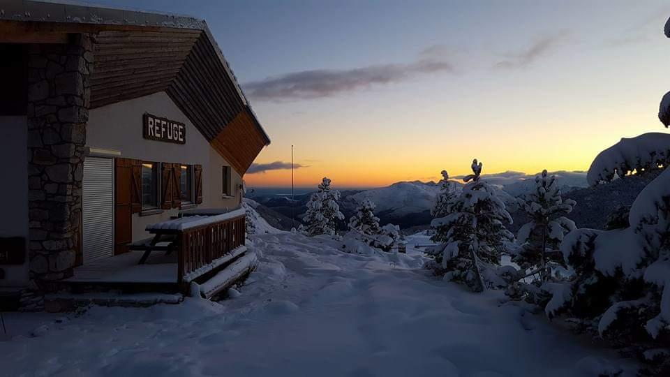 Levé de soleil en hiver