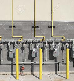 10555339-Varios-medidores-de-gas-comerci