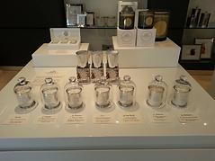 Arty Fragrance possède de nombreux points de vente sur internet dans le monde entier