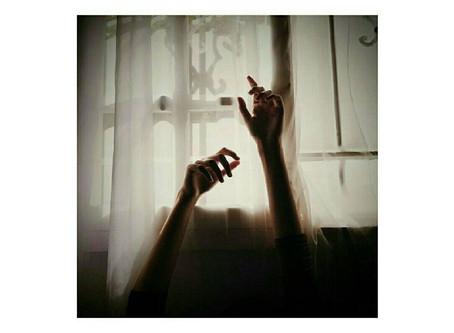 Hasnaa Yadallee: Poetry & Photography