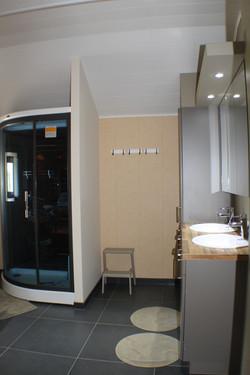 badkamer met dubbele lavabo