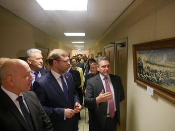 При поддержке «Двуглавого Орла» в Совете Федерации открылась выставка, посвящённая 140-летию окончан