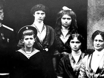 Николай II. Семья и престол. Низкопробная клевета с элементами инстаграма