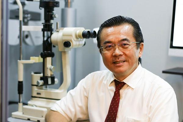 Simon Lam, Optometrist, EMME Visioncare.