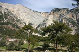 The cliffs of Kabaagac village on the lyciaTrek