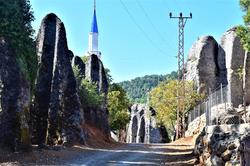 Delisarnic Village on the St Paul Camino
