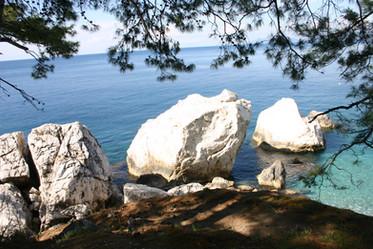 Aktaş,  The white rocks.