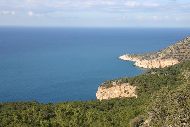 Pristine coast see while trekking in Turkey