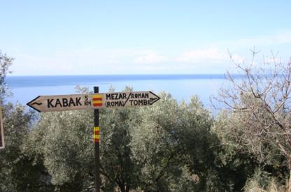 Trekking sign on the Fethiye alternative route