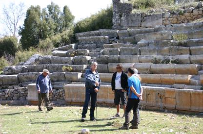 Theatre in Adada
