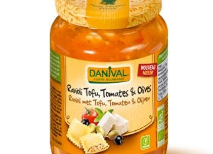 Ravioli tofu, tomates y olivas