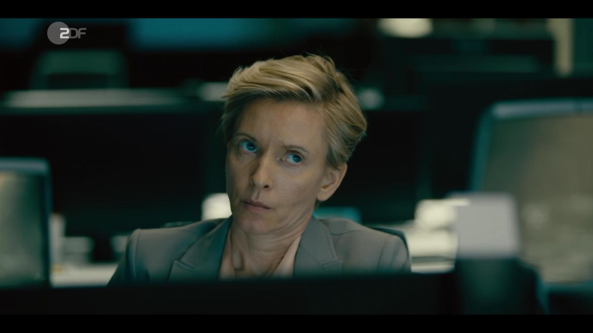 screen shot 'Bad Banks' season 1, 1