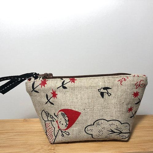 Mini zipped purse in fairy tale print