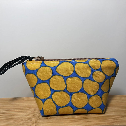 Mini zipped purse in dot print