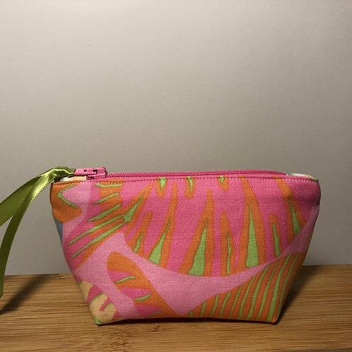 Mini zipped purse in fish print