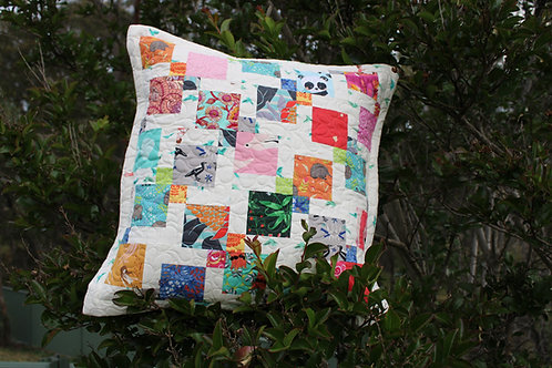 Mini disappearing 9 Patch cushion