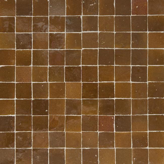light brown 3x3cm