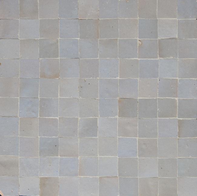 light gray 3x3cm