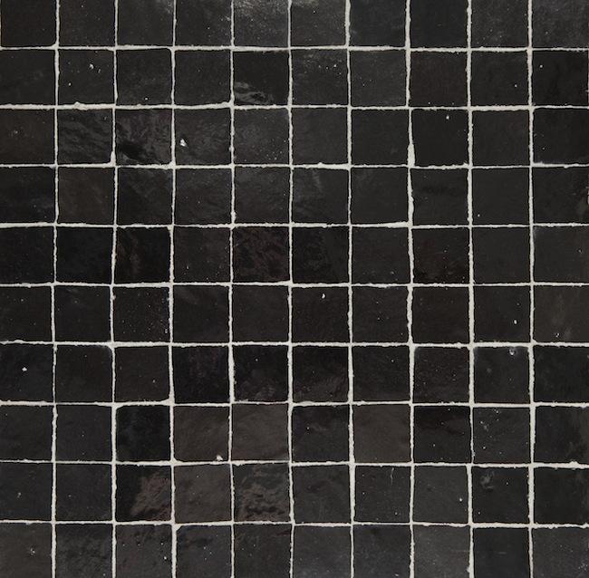black 3x3cm