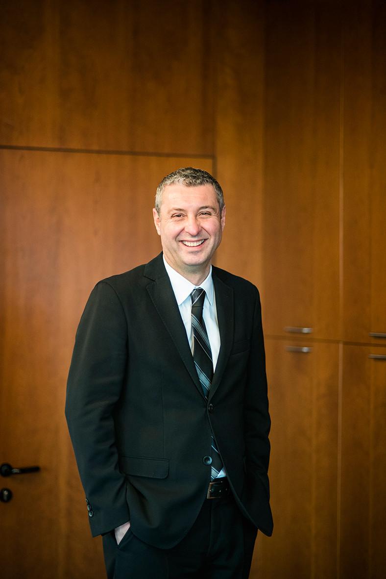 Directeur de site industriel à Florence pour Alstom.
