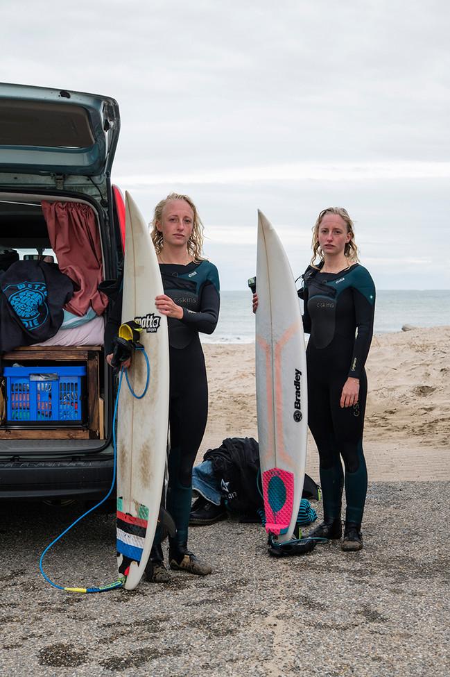 Les surfeuses, plage du Signal.