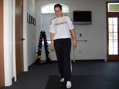ankle_proprioception_balance_one_leg_cross_over2_new_jersey_sports_medicine.jpg