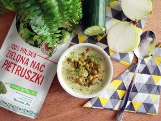 Zupa krem ze świeżych ogórków z zieloną nacią pietruszki Zdrowe Pola