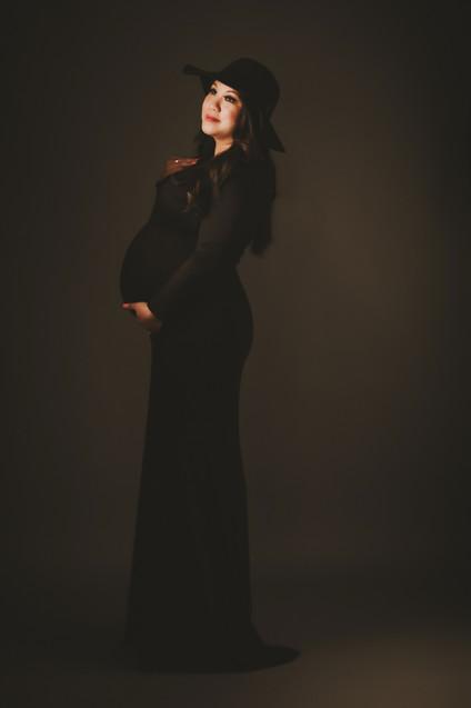 Van-Maternity-Portraits-Houston-Photogra
