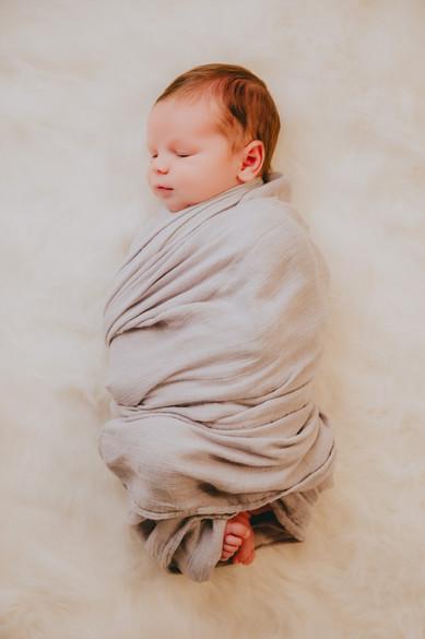 brady-newborn-074.jpg