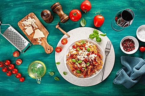 healthy-fusilli-pasta-with-tomato-sauce-