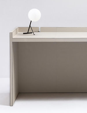 Malaparte leather desk